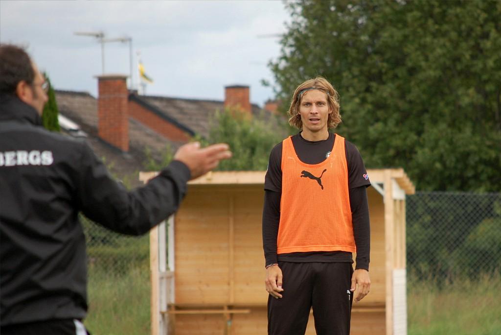 Tobias Grahn blev kvar i Danmark.