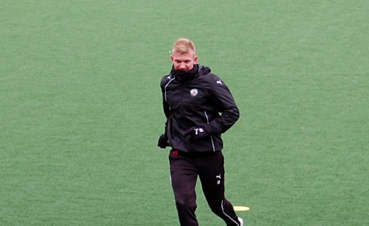 Michael Almebäck: Iskallt i Danmark.