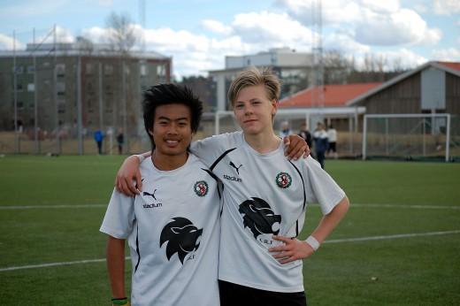 Degerskyttar mot Motala AIF: Burin Yankaew och Gustav Montin.