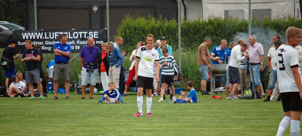 Martin Springfeldt blev ÖSKs enda målskytt i DM-matchen mot Mariebergs IK.