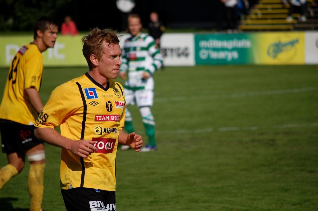 Roin Ingvarsson (med Stellan Carlsson i bakgrunden).