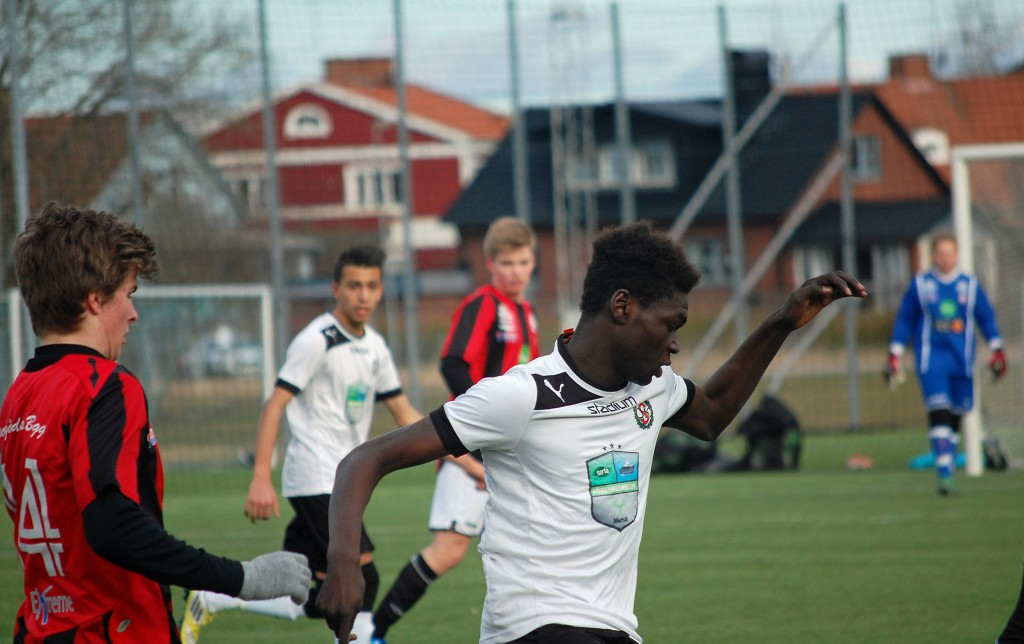Ebrima Jaiteh gjorde ÖSks två första mål.