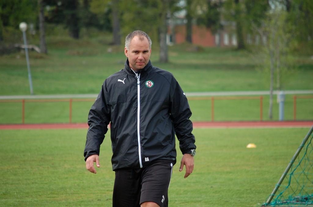 Robert Axelsson från Norrköping tar över sysslan som målvaktstränare.
