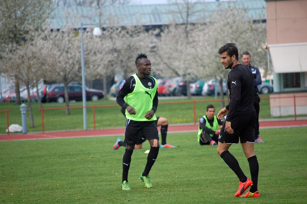 Samuel Mensah och William Atashkadeh såg båda spelbara ut.