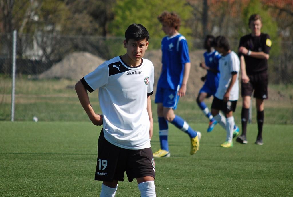 Mesbah Nazari gjorde två av ÖSKs mål då Eskilstuna City besegrades på bortaplan.