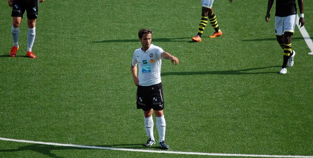 Nordin Gerzic styr och ställer på ÖSKs mittfält (2014)