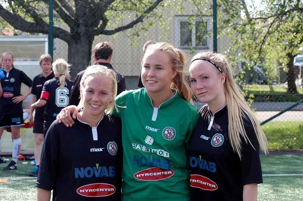 Söderdamernas matchvinnare i vårmatchen mot Smedby. Sara Sandberg (2) och Hanna Åbom gjorde målen, medan Ida Lindell höll nollan.