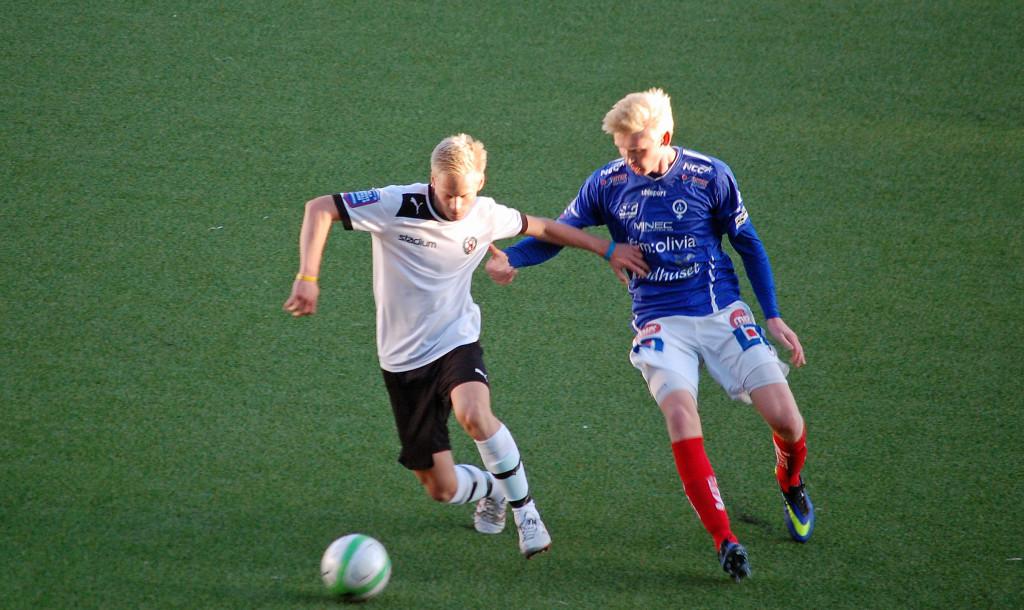 Mikael Loöns två mål betydde tre poäng för ÖSK i juniorallsvenskan.