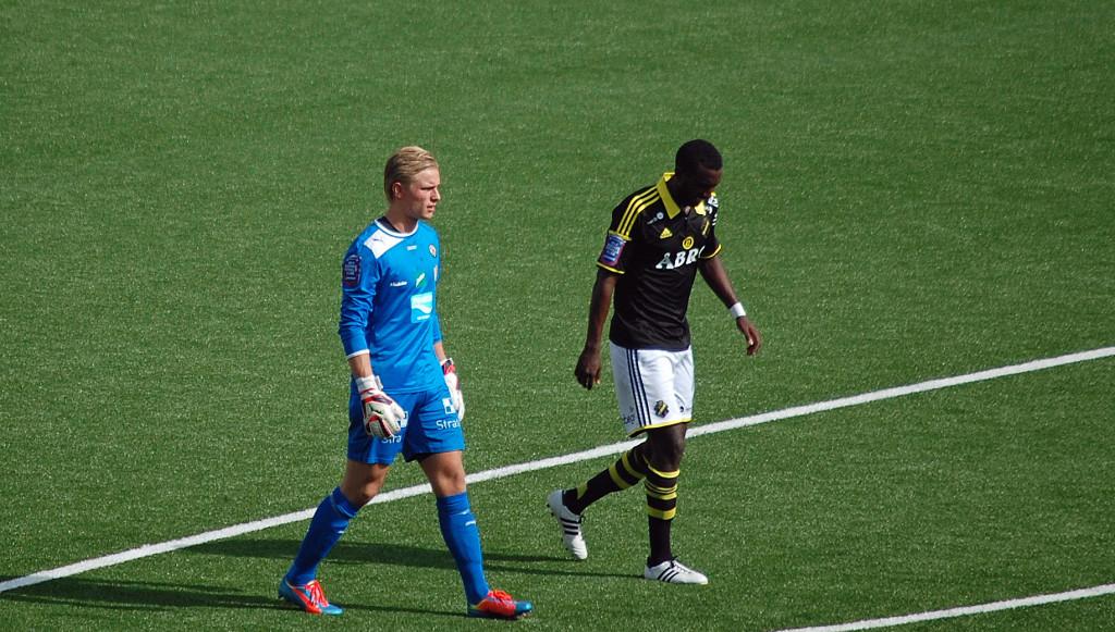 Jacob Rinne tillsammans med okänd AIKare.