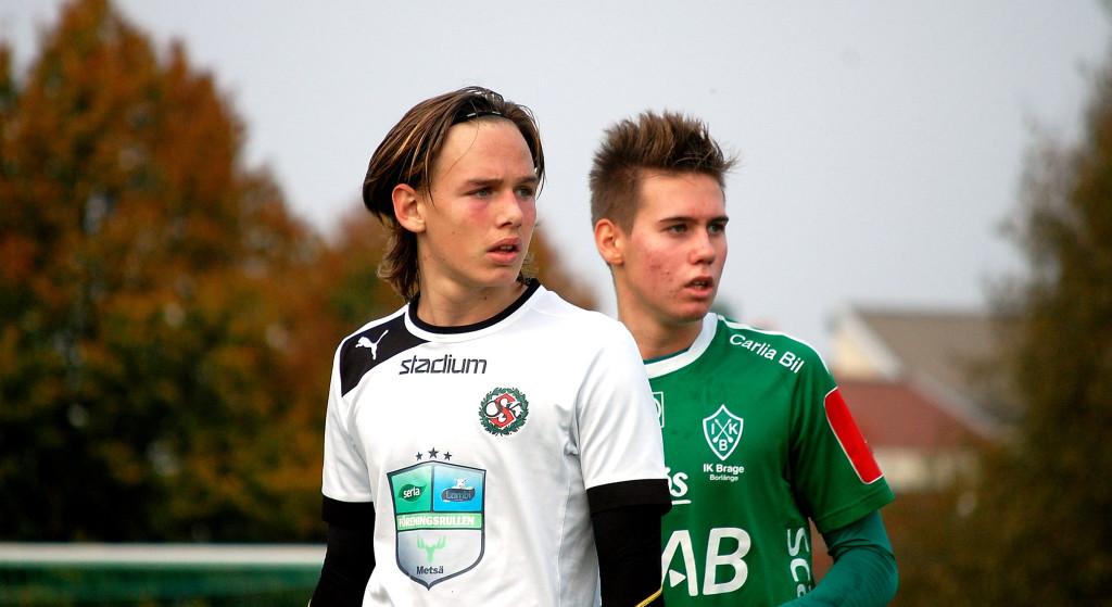Lidköpingsförvärvet Hampus Lundgren gjorde tre mål då IFK Kumla besegrades.