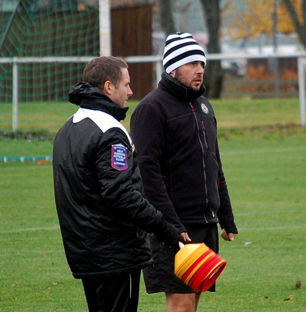 Alexander Axén och Axel Kjäll förlänger kontrakten.