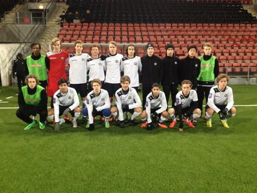 ÖSK U16s trupp mot Karlstads BK (Foto: Daniel Wickström)