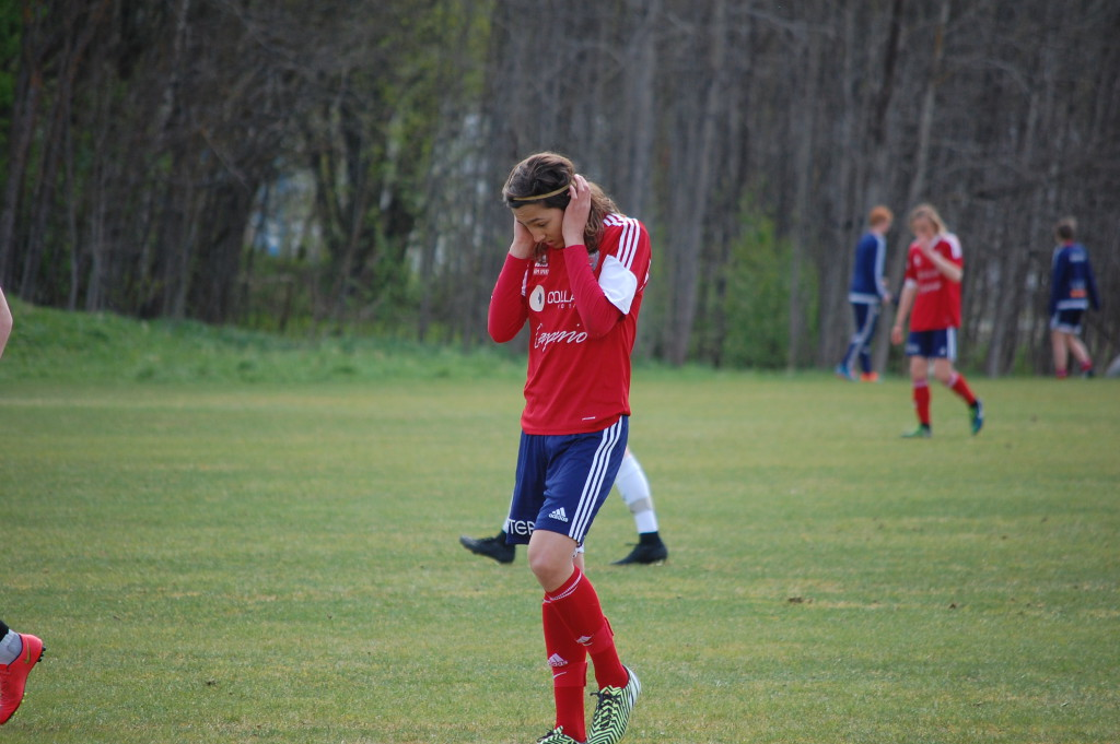 Sturehovs Adam Bark  blev matchvinnare då Sturehov besegrade ÖSK Ungdoms 99-or.