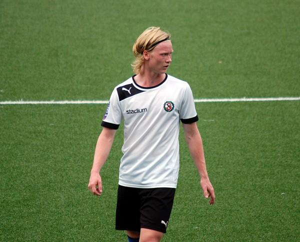 William Gunnarssons tidiga mål gav ÖSK vind i ryggen i Södertälje.