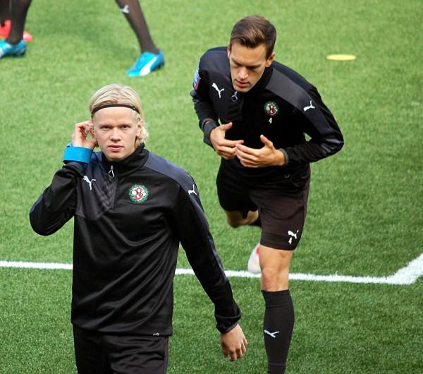 Axel Lindahl tränade med ÖSK på söndagen.