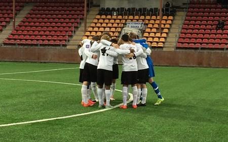 Peppning före match (Foto: Lagets hemsida)