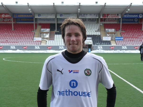 Viktor Lindqvist gör mål igen för ÖSK. (Bilden från februari 2010).