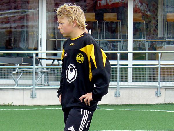 Fotbollskarriären började i Adolfsbergs IK. Bilden från ÖSKs sommarproffsvecka i juni 2009.