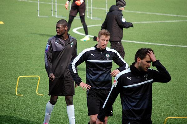 Ibo, längst till vänster, har tränat med RB Leipzigs juniorer.