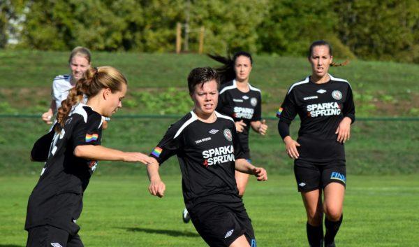 Olivia Puhls fick priset som ÖSK Söders bästa spelare.