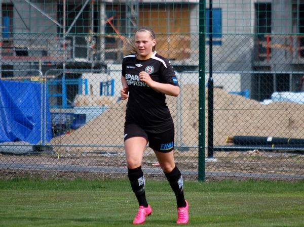 ÖSK Söders Agnes Andersson avgjorde i SM-gruppspelet mot Nyköpings BIS genom sina två mål i andra halvlek.