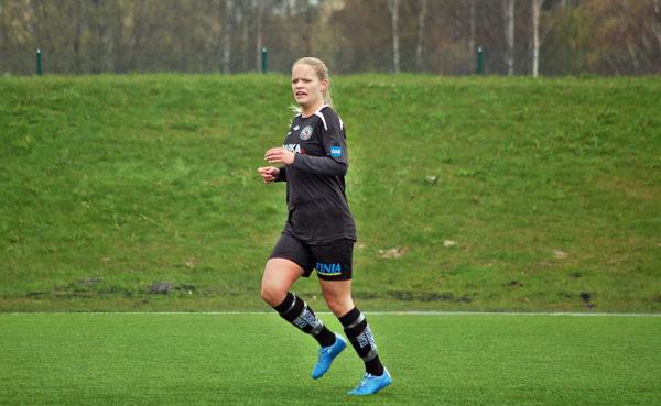 Josefine Zandén - årets bästa anfallare i Örebrodistriktet.